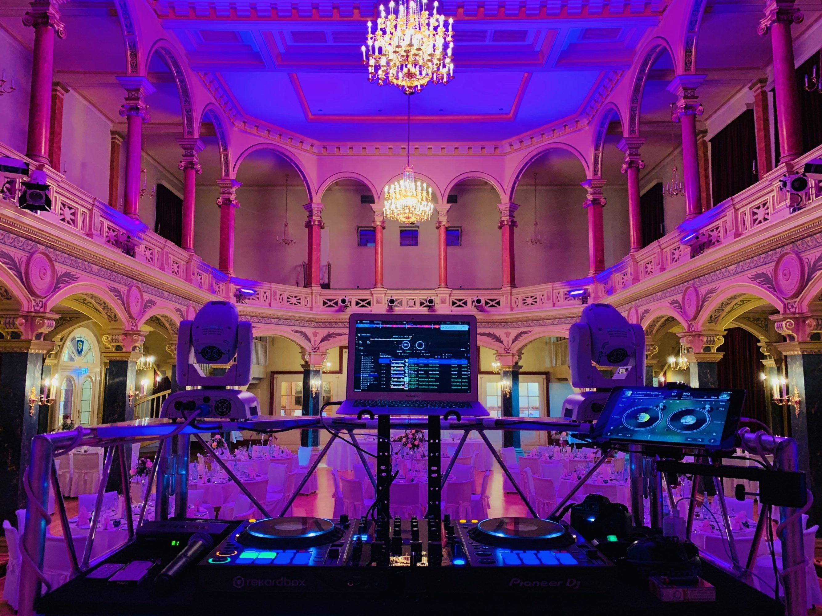 Hochzeits DJ Stuttgart, DJ Ludwigsburg, DJ Esslingen, DJ Böblingen. Italienischer Hochzeits DJ